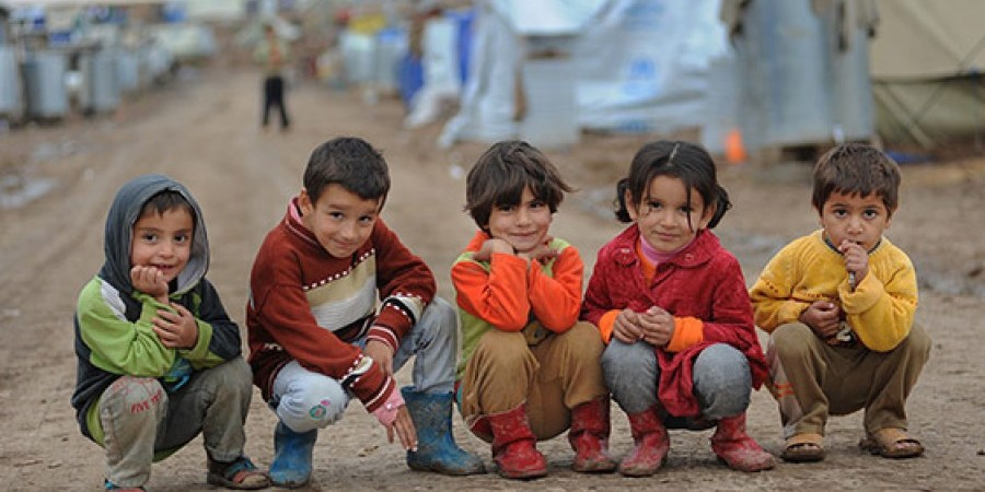 Αποτέλεσμα εικόνας για παιδια πρόσφυγες