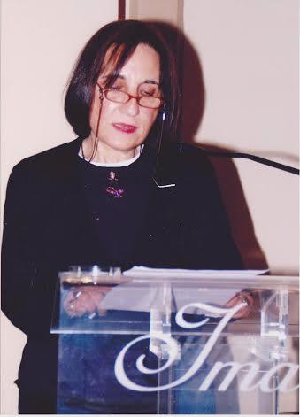 Μαρία Κυρτζάκη: Όπως ο Ενδυμίων - ΠΕΡΙΟΔΙΚΟ Ο ΑΝΑΓΝΩΣΤΗΣ ΓΙΑ ΤΟ ΒΙΒΛΙΟ ΚΑΙ  ΤΙΣ ΤΕΧΝΕΣ